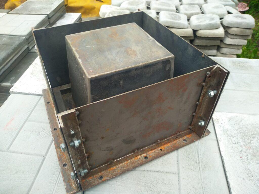 форма 30х30х20 см металл
