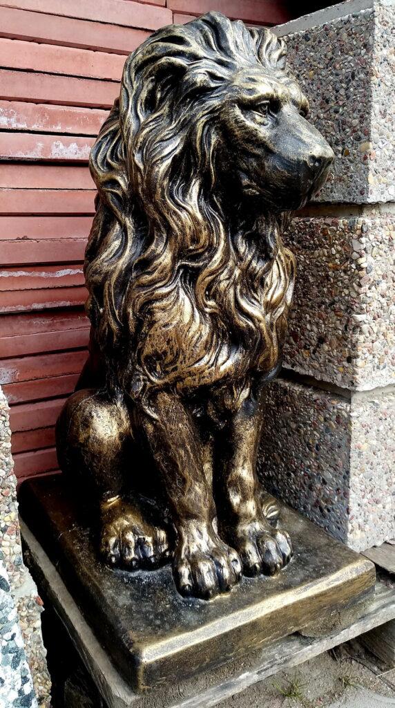 лев бетонный 57см
