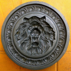 форма медальон лев